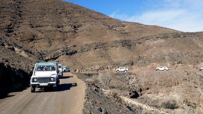 4x4 caravan by land road