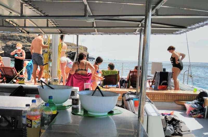 Magic catamaran bar