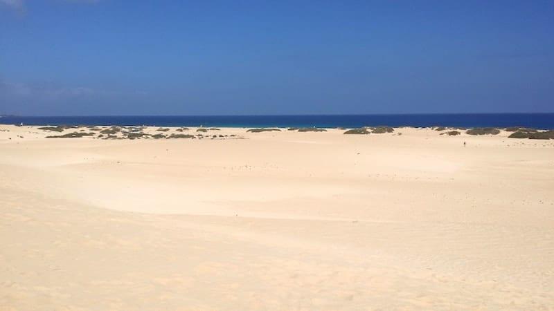 Weißer Sand von Corralejo